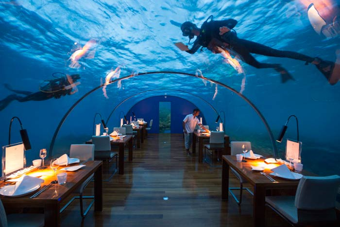 10 of the most inaccessible restaurants in the world for Ithaa restaurant maldives